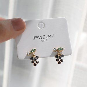 ♠️ NEW Daily Gold Crystal Earrings - Little Grapes